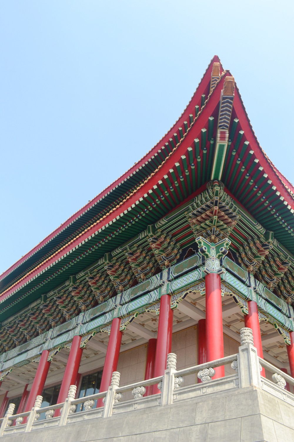 The roof of the Taipei National Theatre located inside the Chang Kai Shek Memorial Hall